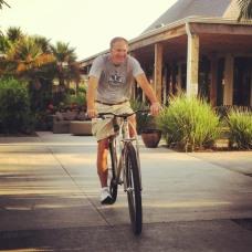 7footer Jim Grandholm test riding the Titanium DirtySixer.