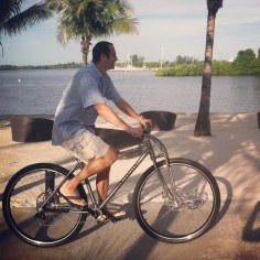 "6'10"" Michael Bradley (ex NBA player) on the Titanium DirtySixer."