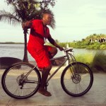 "6'10"" NBA player Jerome Moiso riding the Titanium DirtySixer."